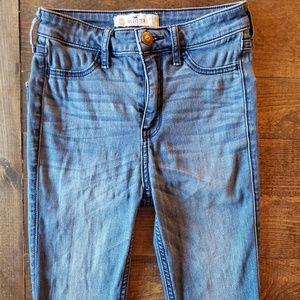 Hollister Jeans 23 x 31